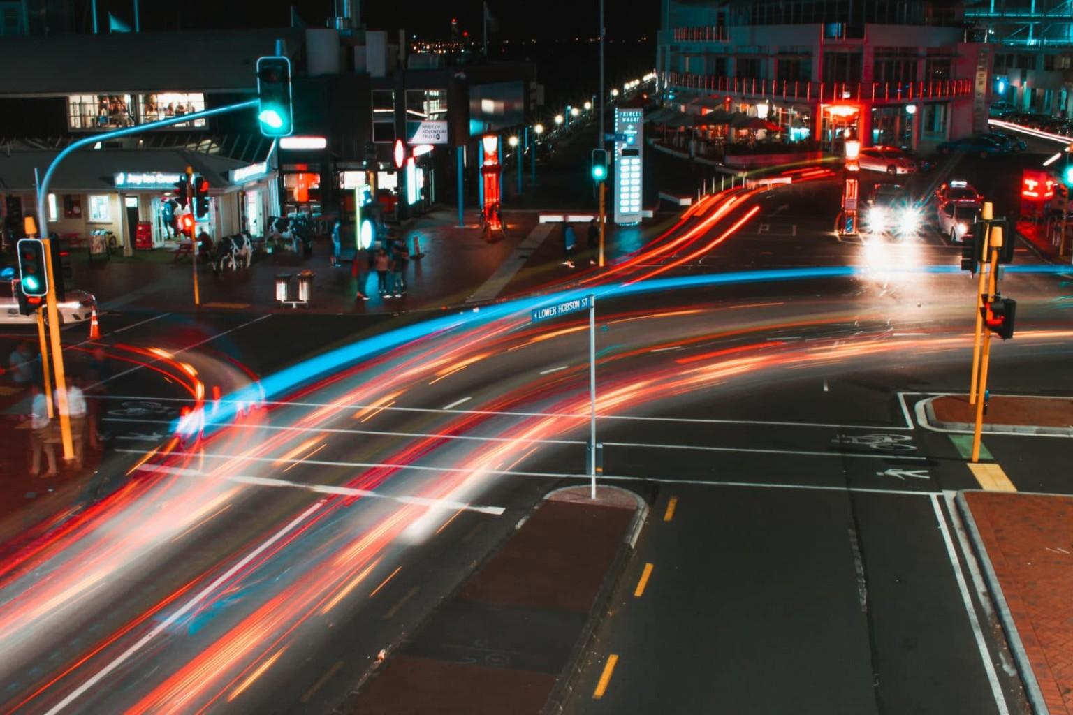 Ordnungswidrigkeitenrecht/ Qualifizierter Rotlichtverstoß wegen Fahrspurwechsels